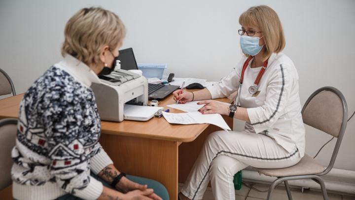 В Кузбассе стало меньше врачей. Рассказываем, как власти решают эту проблему