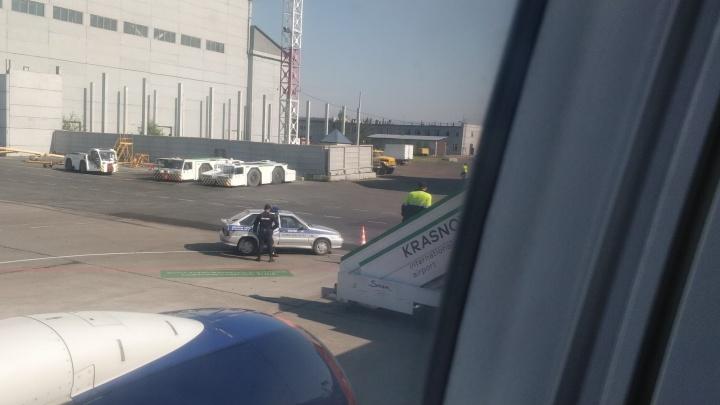 Из-за очередного антимасочника был задержан на час самолет из Красноярска в Благовещенск
