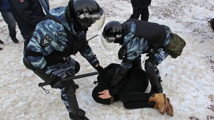 На протестах в поддержку Навального в Уфе задержали более 200 человек