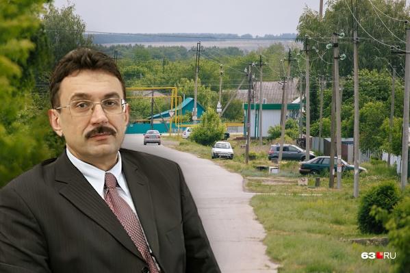Владимир Карнаух первым обратился в суд
