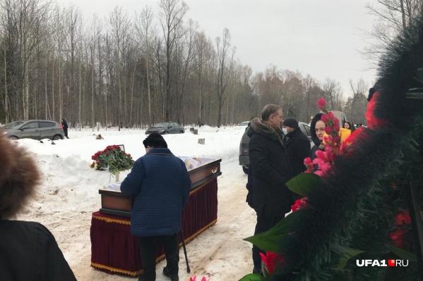 """Александра Елисеева похоронили сегодня, <nobr class=""""_"""">19 марта</nobr>&nbsp;"""