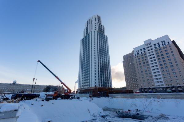 В новом квартале строится уже четвертый дом