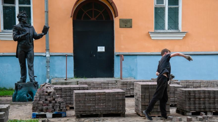 Заглянули за заборы: что уже успели сделать на Чумбаровке, где идет реконструкция