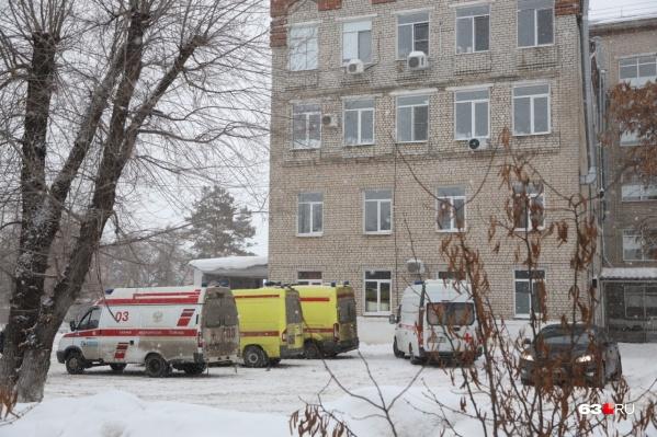 В больницу Сызрани привезли пострадавших после аварии