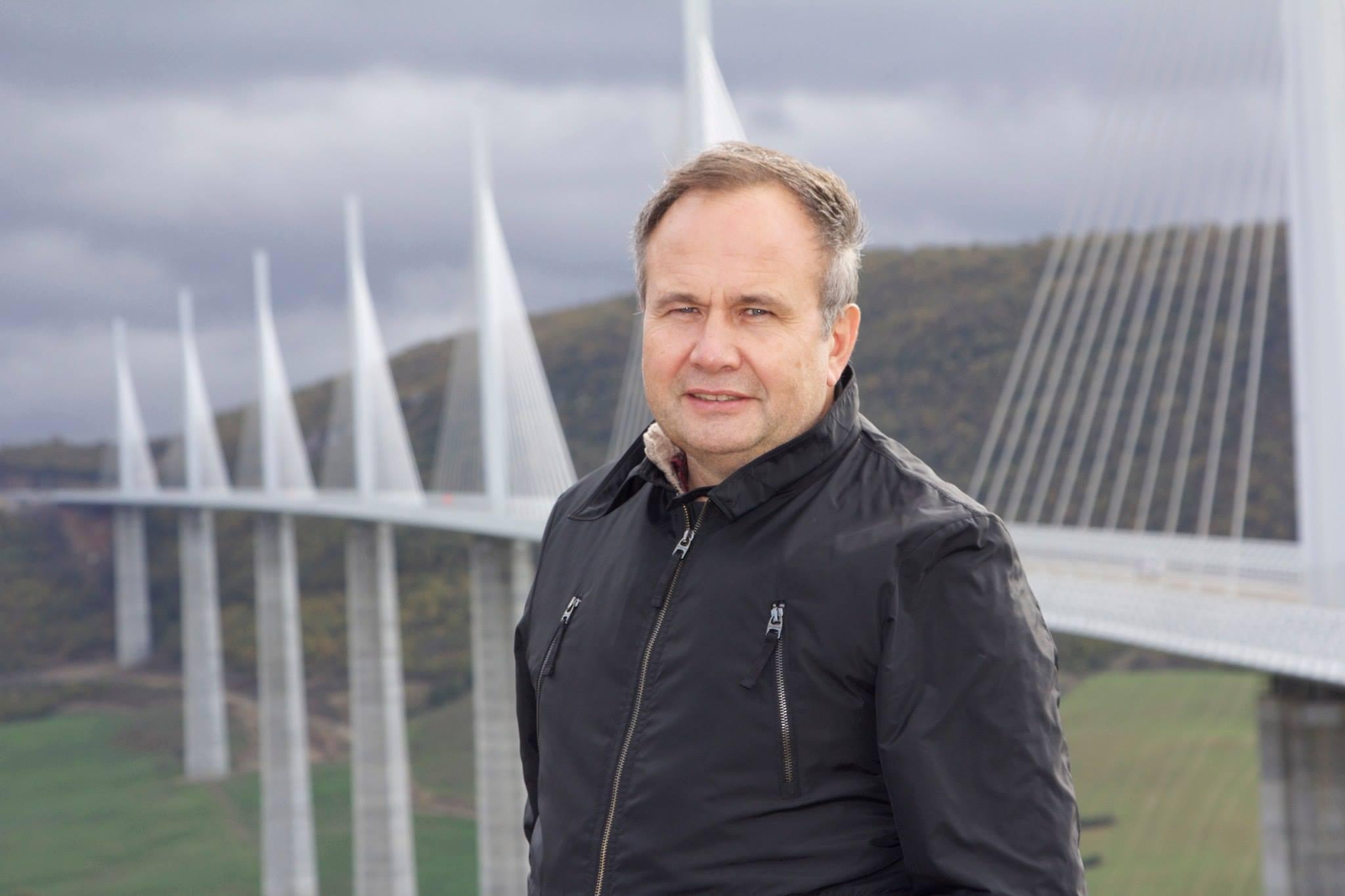 Олег Чиркунов сначала возглавлял Пермскую область, а затем — Пермский край. Фото сделано через пару лет после его ухода с должности губернатора