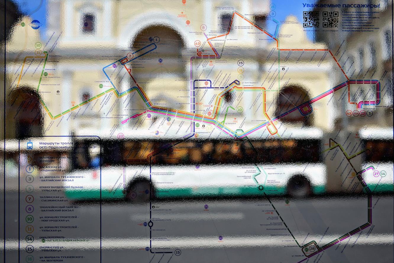 Транспортную реформу разделили на 20 порций. Смольный определился с маршрутами, деньгами и кондукторами