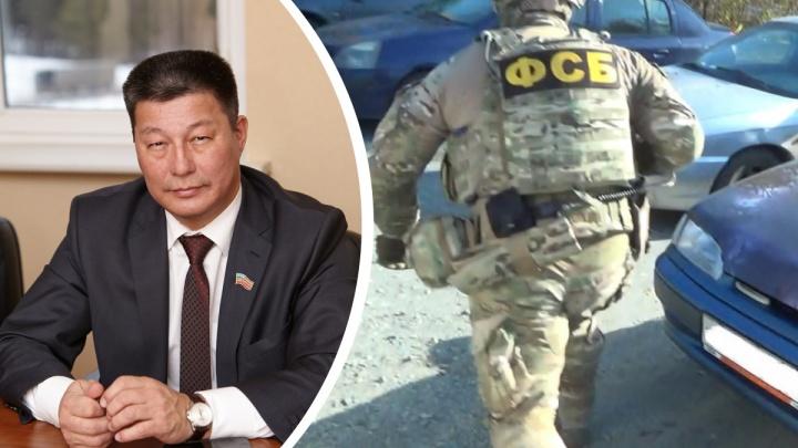 В Челябинской области депутата-единоросса задержала ФСБ, его обвинили в мошенничестве с госконтрактами