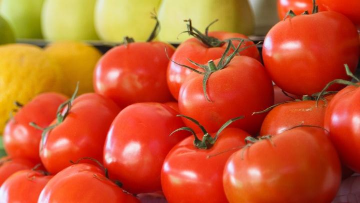 В Волгограде и области вдвое подорожали огурцы и помидоры