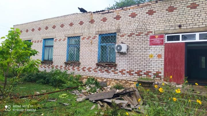 В Волгоградской области продолжают устранять последствия урагана