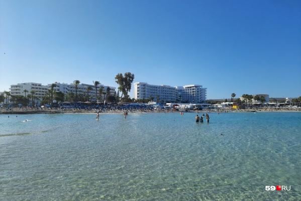 Эта фотография сделана с пляжа Нисси Бич