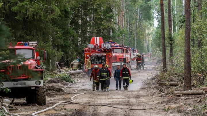 Власти сняли межрегиональный режим ЧС на границе с Мордовией. Вспоминаем, как пожарные и волонтеры спасали Саров и Первомайск