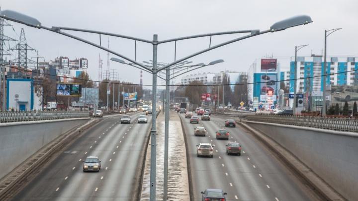 ГИБДД: размер колеи на Московском шоссе достигает 7см