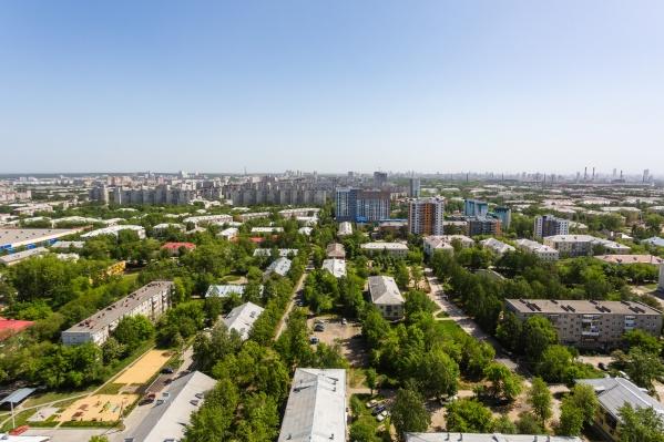 Местные жители отмечают, что на Уралмаше мало современных комфортных домов