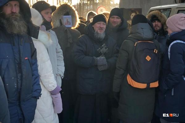 Одна из сторонниц Сергия призвала атаковать ОМОН