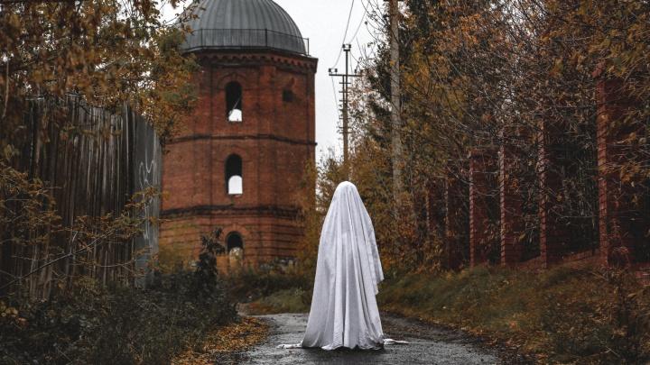 Водонапорную башню в Уфе признали культурным объектом: пять фотографий от «призрака» здания