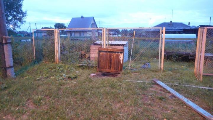 На Урале два работника детского сада погибли во время ремонта канализации