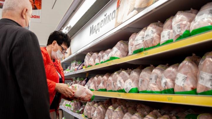 Из магазинов Челябинской области изымут продукцию тюменской птицефабрики, где вспышка птичьего гриппа