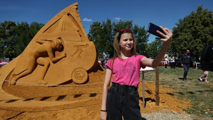 В Челябинске открыли музей песочных скульптур под открытым небом