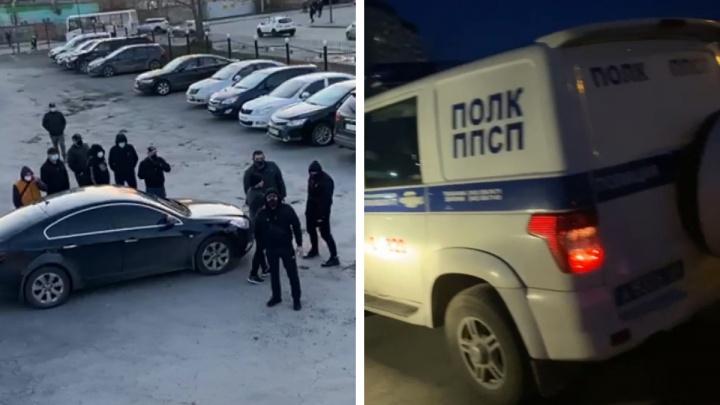 «Распылили газ, жестоко избили охранника». Екатеринбурженка — о рейдерском захвате парковки, принадлежащей ее семье