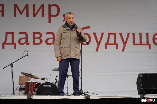 Один из инициаторов законопроекта о просвещении — сенатор от Пермского края Андрей Климов