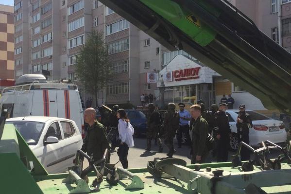 Трагедия в казанской школе потрясла всю страну
