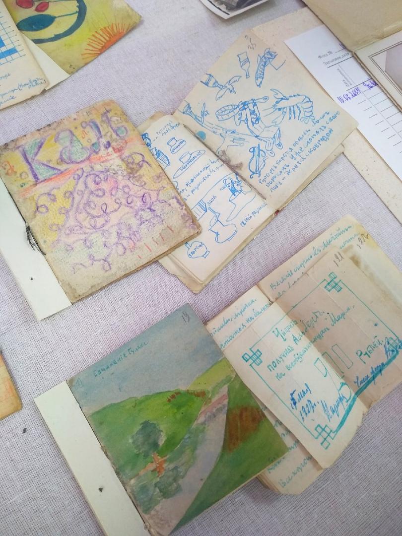 Домашние детские журналы дворянской семьи Грековых. Ольга Александровна хранила их всю жизнь