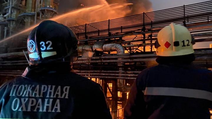 Прокуратура и следком Башкирии изучат обстоятельства пожара на заводе «Уфаоргсинтез»
