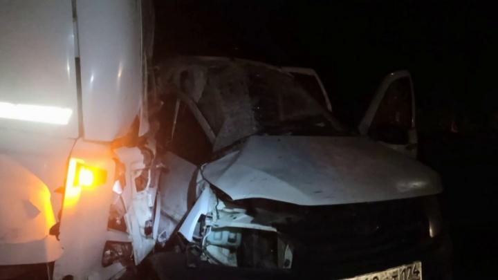 24-летняя медсестра за рулем легковушки погибла в ДТП с фурой из Челябинской области