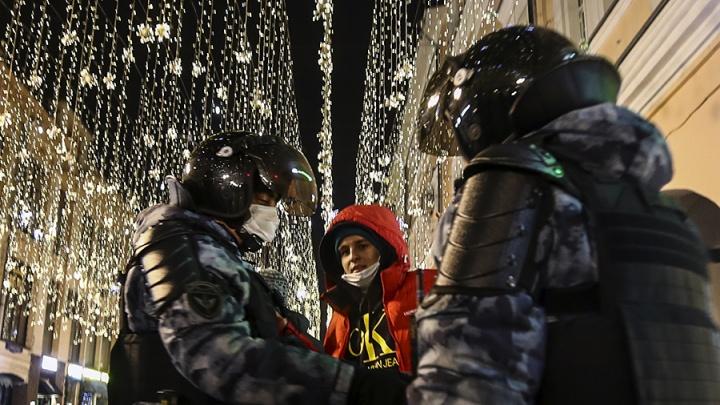 Больше 1400 задержанных: итоги ночных протестов в поддержку Навального