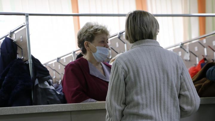 Заболеваемость коронавирусом в Югре продолжает расти: за сутки выявлено 190 новых случаев