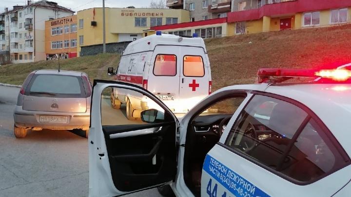 На Урале авто сбили двух детей. Ребят пришлось госпитализировать