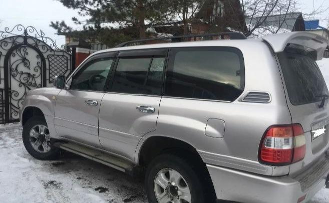 «Машина была списана»: директора госпредприятия подозревают в продаже Land Cruiser по заниженной цене