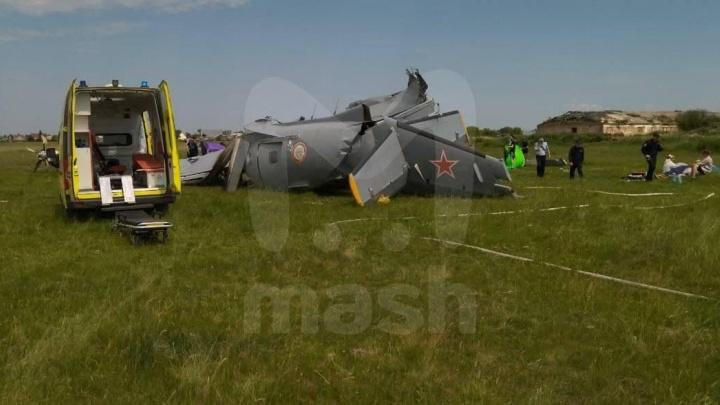 В Кемеровской области разбился самолет, в котором летели парашютисты. Четыре человека погибли