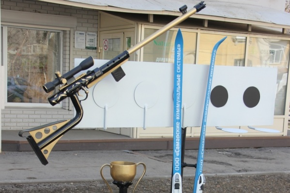 """Макет винтовки сделали сотрудники цеха эксплуатации водопроводных сетей <nobr class=""""_"""">№ 1</nobr>"""