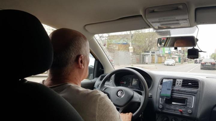 В Сочи у 33 таксистов забрали машины из-за отсутствия лицензии