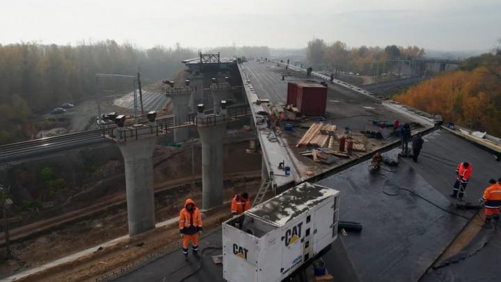 В Самаре смонтировали путепровод, ведущий к Фрунзенскому мосту
