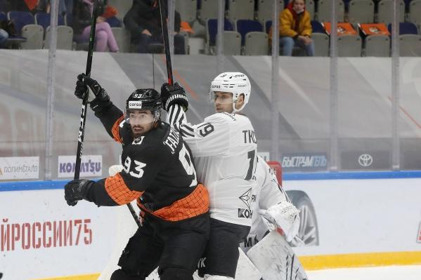 Вторая игра в Хабаровске закончилась вновь победой «Трактора»