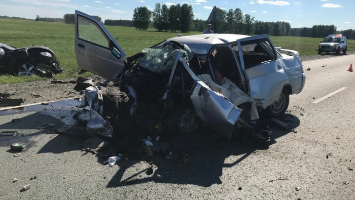 В страшной аварии на трассе Тюмень — Омск погибли жители Голышманово