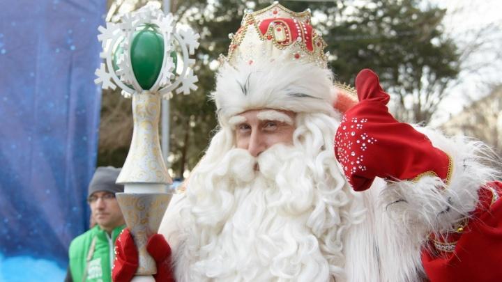 В Волгограде Дед Мороз стал водителем трамвая
