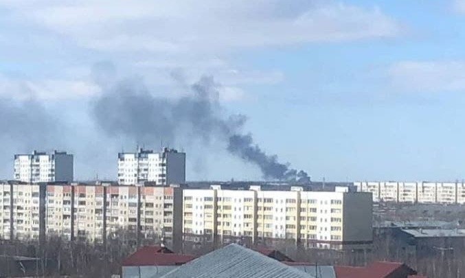 В «СибурТюменьГаз» объяснили столб дыма на месте ЧП на Оби под Нижневартовском