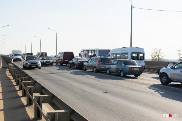 Ремонт Октябрьского моста завершится до 1 ноября