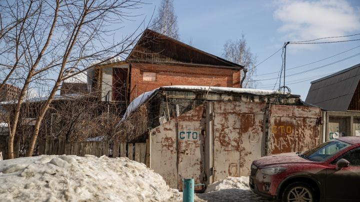 Известный застройщик нацелился на огромный частный сектор возле «Ауры». Уничтожить его поможет программа реновации