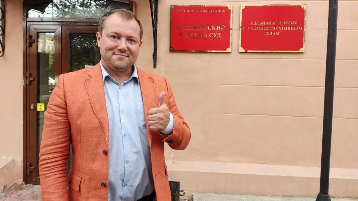 Суд отказался снимать с выборов Полушина, у которого недавно нашли историческое фото со свастикой