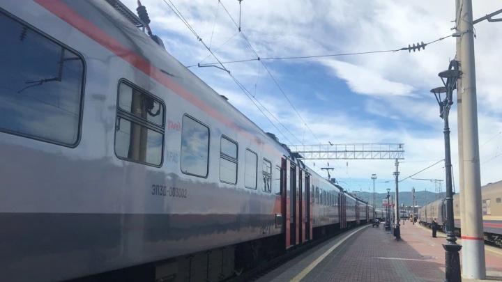 Красноярскому вахтовику грозит до 20 лет за приставание в поезде к спящей 6-летней девочке