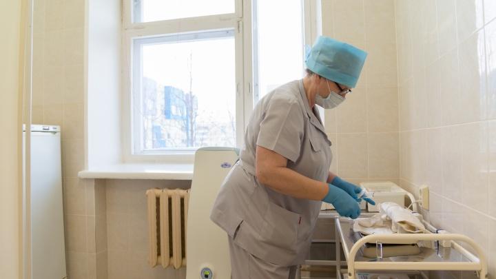 В Архангельской области появились еще три пункта, где можно сделать прививку от COVID-19