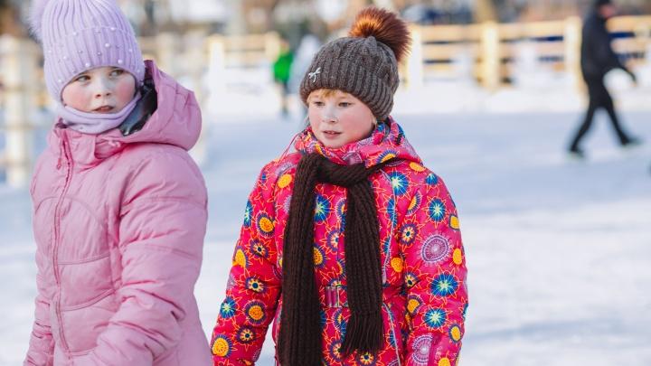 В школу не надо! Кто из учащихся второй смены не идет на уроки из-за морозов в Тюмени?