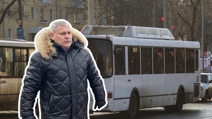 Главу Красноглинского района Самары губернатор отправил кататься на автобусе