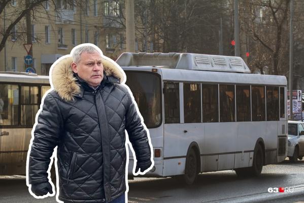По словам Вячеслава Коновалова, все проблемы с транспортом из-за пробок