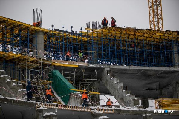 """Стоимость строительства оценивают почти <nobr class=""""_"""">в 12 миллиардов</nobr> рублей"""