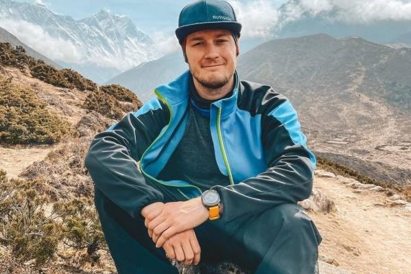 Алексей Левин поднялся на отметку чуть выше 5 тысяч метров и вынужден был спуститься из-за ухудшения здоровья